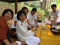 Dhamma for Family25-3-12 005